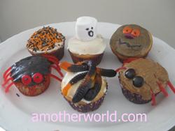 halloween-cupcakes 250